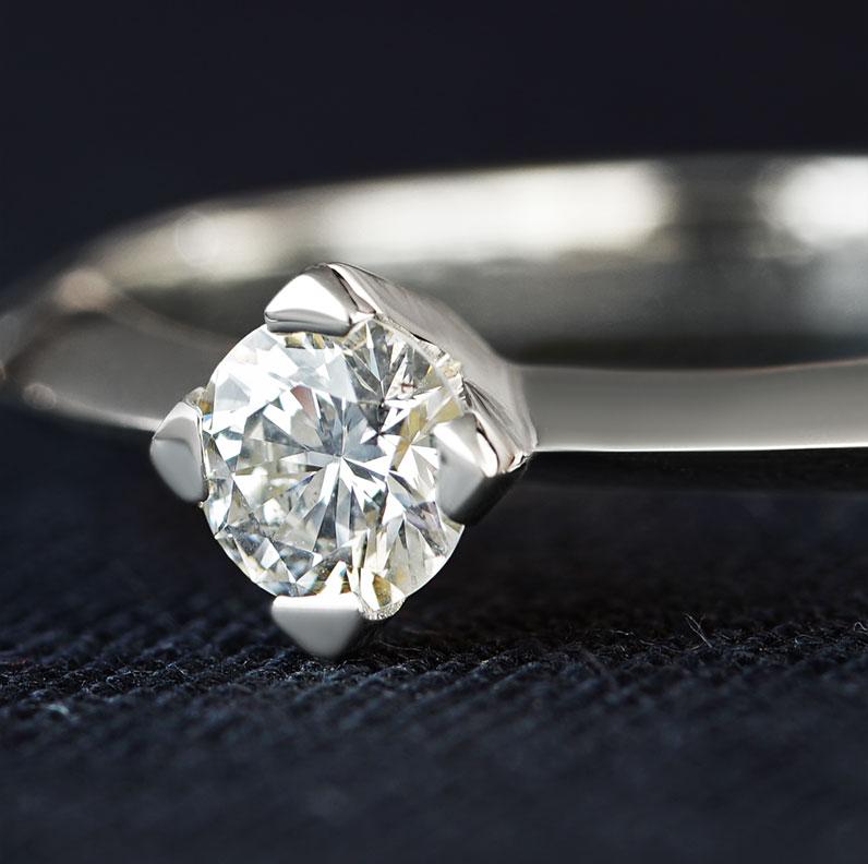 13402-geometric-inspired-fairtrade-9-carat-white-gold-diamond-engagement-ring_9.jpg