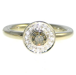 18ct white gold engagement ring