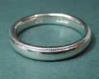 9ct white gold 3mm wide wedding ring with a millgrain edge