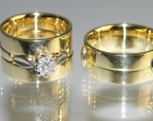 bespoke 18ct yellow gold and platinum wedding rings