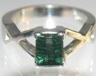9c white gold green lazer cut tourmaline dress ring