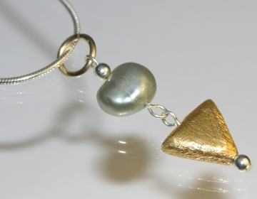 9ct gold and silver river pearl pendants with satinised triangle