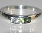 18ct white gold graduated green sapphire and peridot ring
