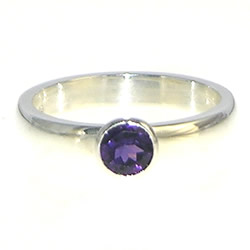 silver brilliant cut amethyst ring