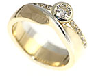 michelle's white and yellow gold wedding ring