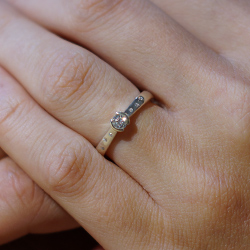 9ct white gold diamond sprinkle engagement ring