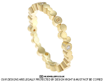 fairtrade 9ct yellow gold bubble inspired eternity ring