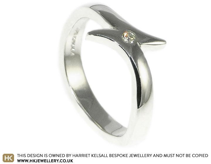 striking-diamond-and-9ct-white-gold-ring-8312_2.jpg