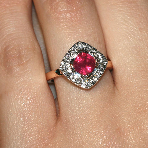 135ct-ruby-diamond-9ct-rose-and-white-gold-engagement-ring-9960_5.jpg