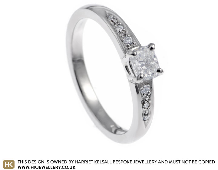 palladium-046ct-engagement-ring-with-a-central-cushion-cut-h-vs2-diamond-10606_2.jpg