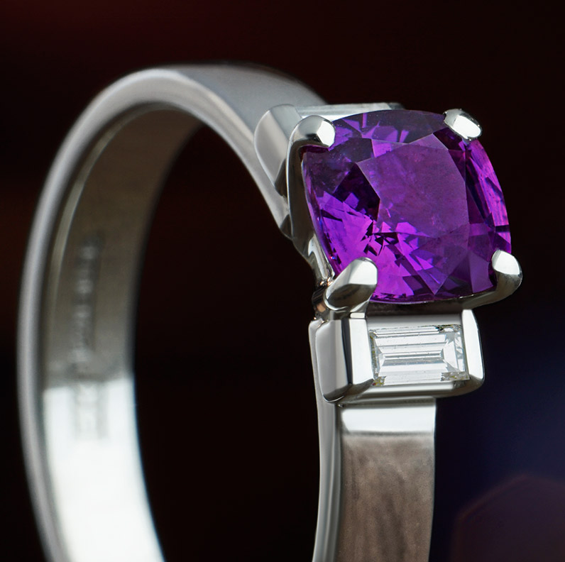 ring-11434-cushion-cut-0-96ct-pink-sapphire-diamond-and-9ct-white-gold-engagement-ring_9.jpg