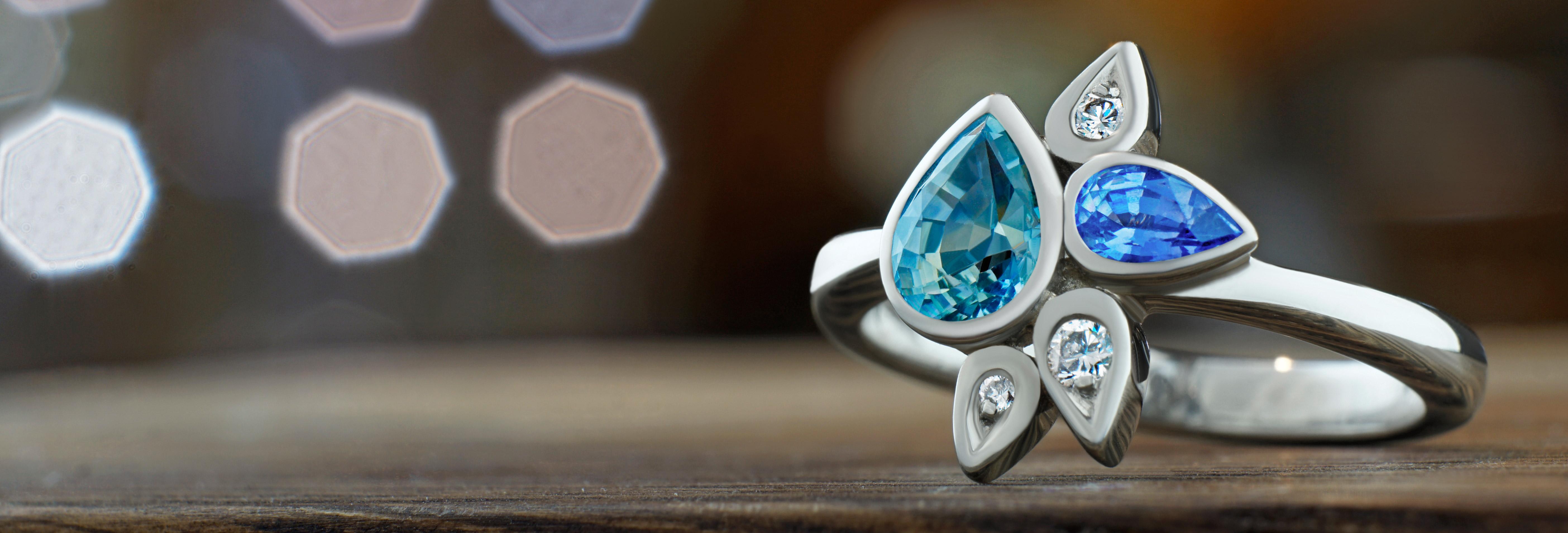 India inspired 1.13ct sapphire and diamond palladium ring