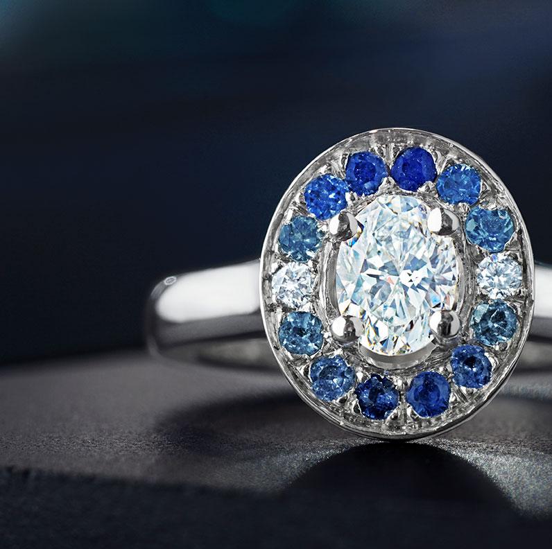11975-0.61ct-oval-diamond-graduated-sapphire-and-aquamarine-engagement-ring_9.jpg