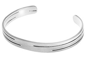 218-sterling-silver-satinised--bangle-inspired-by-contemporary-architecture_1.jpg