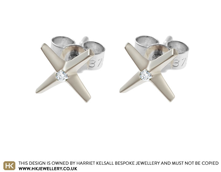 9-carat-white-gold-star-earrings-with-invisibly-set-diamond-2242_2.jpg