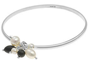 sterling-silver-bangle-with-pearl-and-hematite-cluster-2400_1.jpg