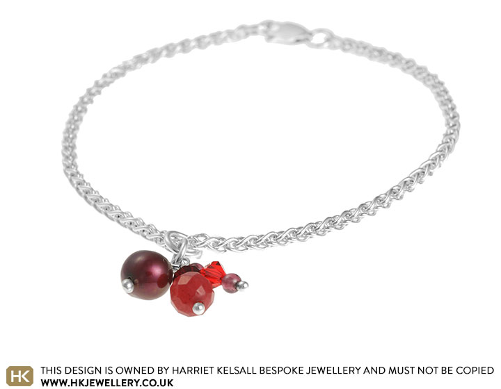 red-garnet-cluster-chain-bracelet-2609_2.jpg
