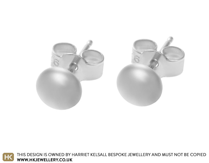 sterling-silver-polished-button-stud-earrings-3239_2.jpg