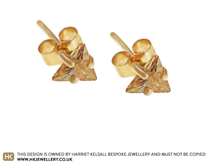champagne-cubic-zircon-and-9-carat-yellow-gold-earrings-3274_2.jpg