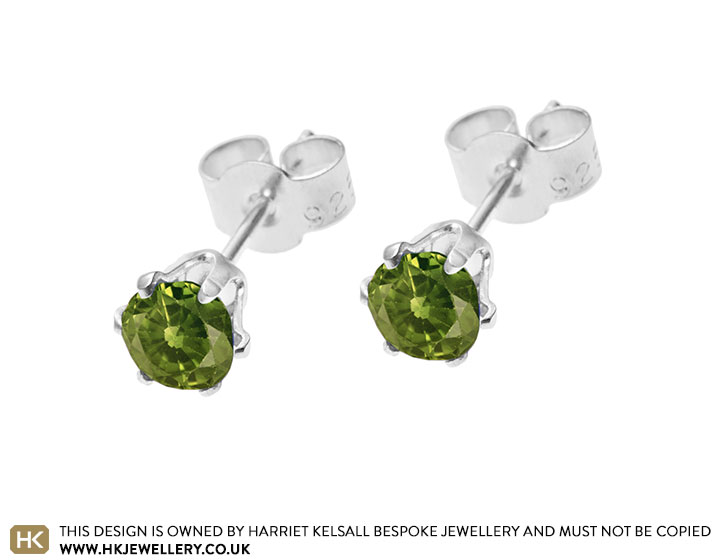 sterling-silver-faceted-peridot-stud-earrings-3361_2.jpg