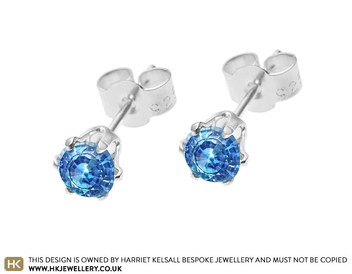 london-blue-topaz-sterling-silver--stud-earrings-3401_2.jpg