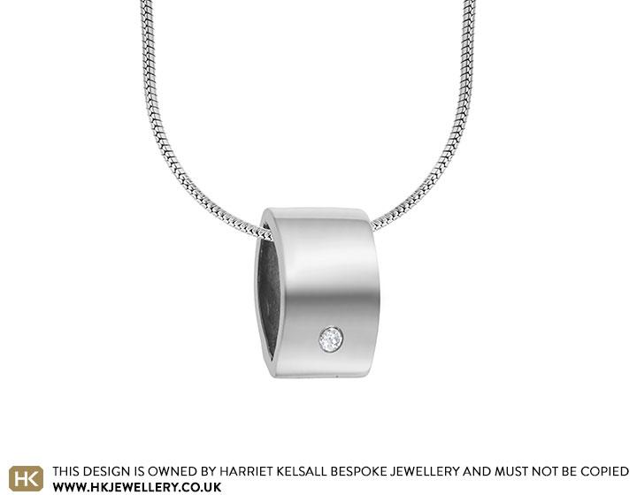 customisable-sterling-silver-almond-profiled-plain-pendant-3488_2.jpg