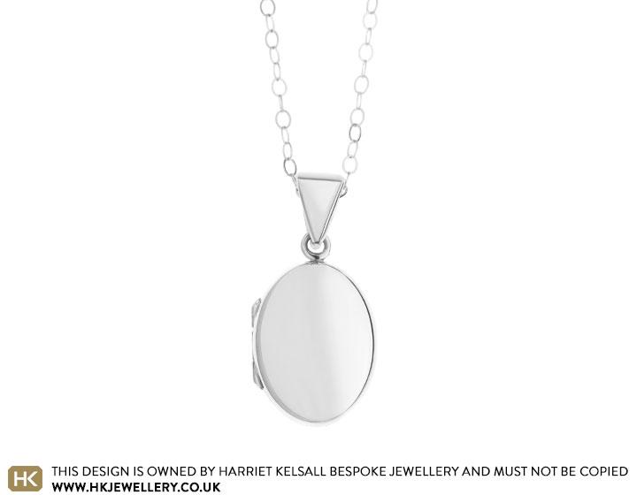 customisable-sterling-silver-oval-locket-3596_2.jpg