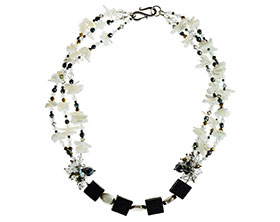 chunky-shard-necklace-with-mother-of-pearl-lva-crystal-4240_1.jpg