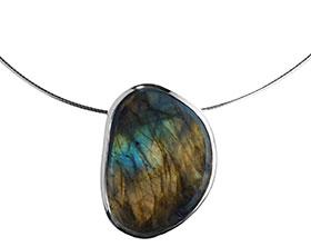 organic-labradorite-and-sterling-silver-pendant-4651_1.jpg