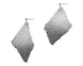 unique-pair-of-sterling-silver-chainmail-earrings-4728_1.jpg