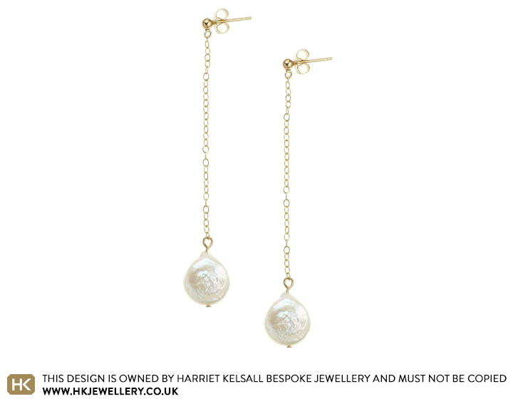 coin-pearl-and-9-carat-yellow-gold-earrings-4805_2.jpg