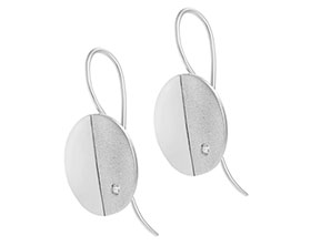 geometric-sterling-silver-diamond-earrings-with-contrasting-finishes-4839_1.jpg