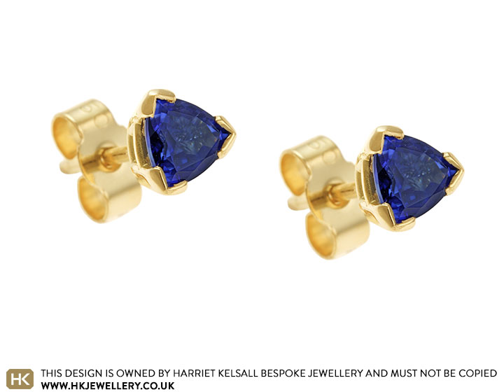 5mm-trilliant-sapphire-fairtrade-18ct-yellow-gold-earrings-5022_2.jpg