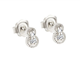 16430-bespoke-earrings-using-family-diamonds_1.jpg