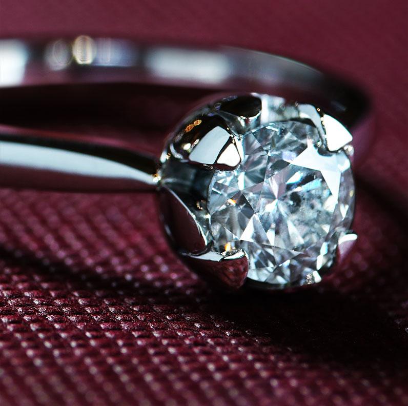 floral-designed-073ct-g-i1-platinum-diamond-solitaire-12079_9.jpg