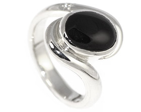 amy-loved-the-tones-of-the-onyx-with-the-twist-design-10570_1.jpg