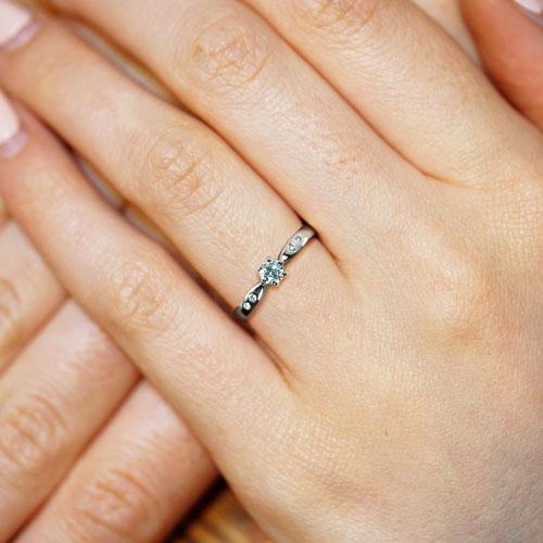 15331-Delicate-0-31ct-diamond-engagement-ring_5.jpg