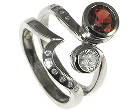 18ct-white-gold-engagement-ring-with-a-garnet-and--diamond-4980_1.jpg