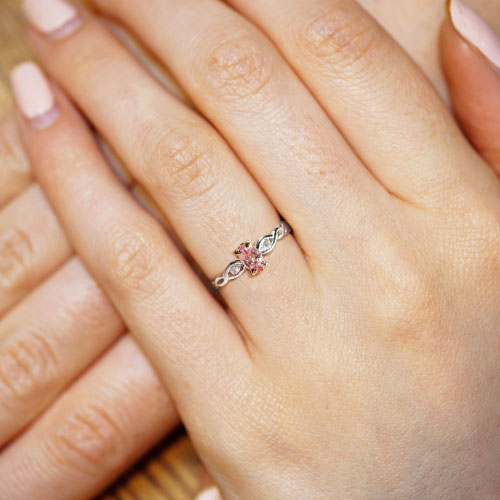 16704_6-ballet-inspired-diamond-engagement-ring_5.jpg
