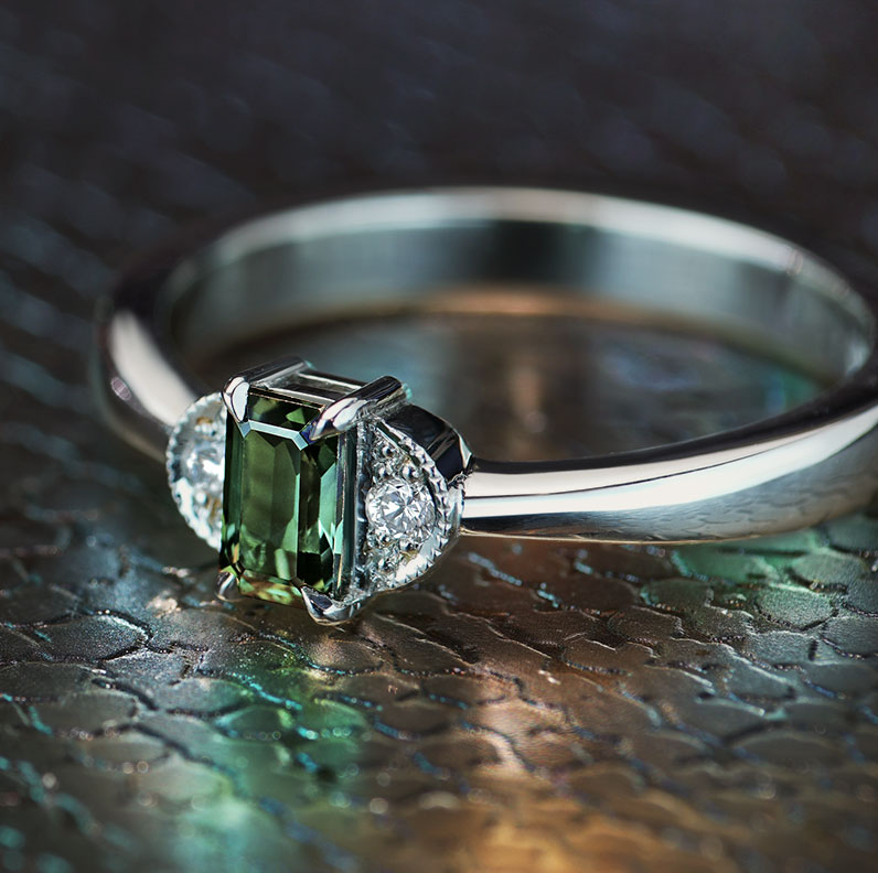 16848-Fairtrade-9ct-white-gold-dark-green-sapphire-engagement-ring_9.jpg