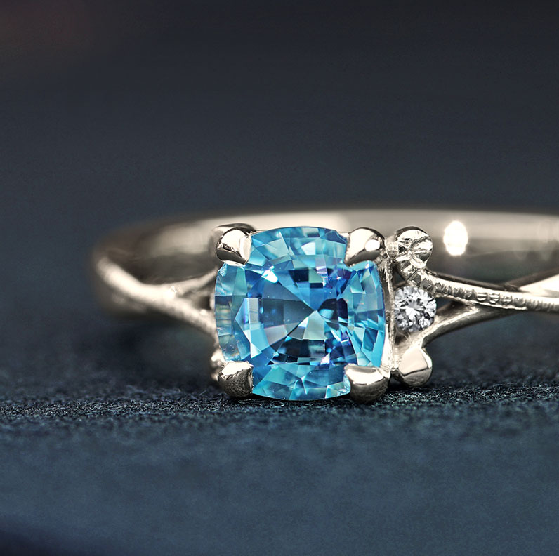 16856-0-70ct-Cushion-cut-Aquamarine-and-diamond-Fairtrade-9ct-white-gold-engagement-ring_9.jpg