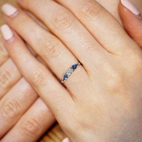 16871-Delicate-diamond-and-sapphire-crossover-engagement-ring_5.jpg