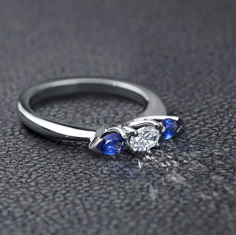 16871-Delicate-diamond-and-sapphire-crossover-engagement-ring_9.jpg