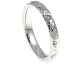 diamond-engagement-ring-with-leaf-and-curl-vine-engraving-10831_1.jpg