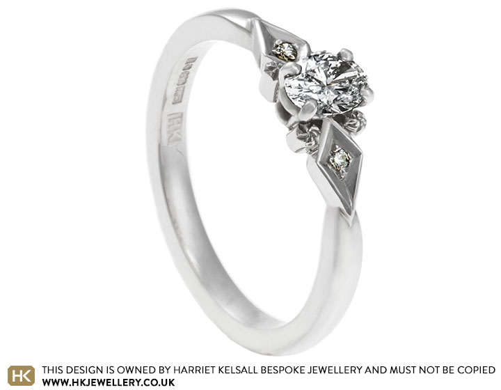 16991-oval-cut-diamond-with-vintage-design-palladium-ring_2.jpg
