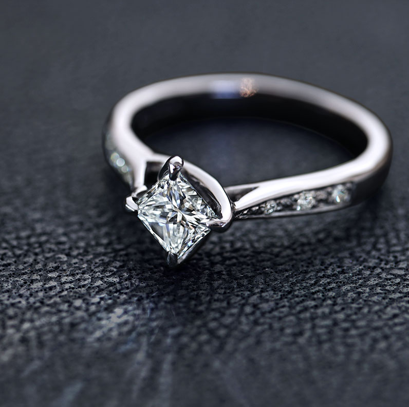 17018-Princess-Cut-Diamond-and-Recycled-Platinum-Engagement-Ring-With-a-Twisted-Setting_9.jpg