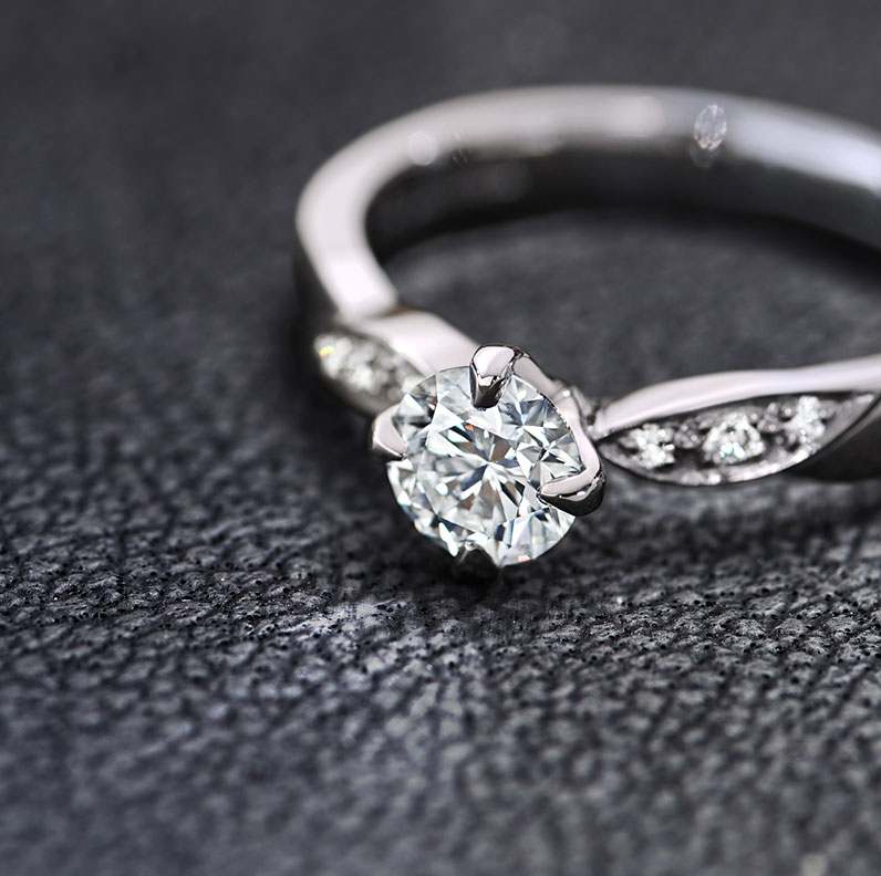 17104-platinum-and-diamond-engagement-ring-with-assymetric-pave-set-diamonds_9.jpg