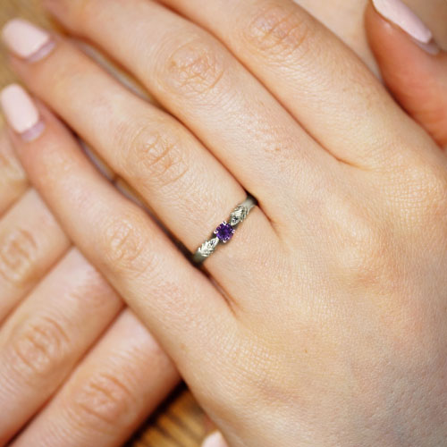 17071-peacock-inspired-with-purple-sri-lankan-sapphire-in-fairtrade-white-gold_5.jpg