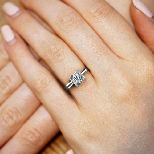 17105-petal-inspired-platinum-diamond-engagement-ring_5.jpg