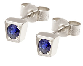 17057-sapphire-and-white-gold-stud-earrings_1.jpg